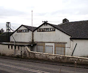 Littlemill view from the street uploaded by Ben, 13. May 2015