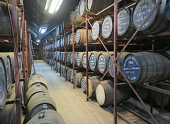 Tullibardine  inside the warehouse uploaded by Ben, 04. May 2016