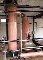 Cooley low wines still and condenser uploaded by Ben, 18. May 2015