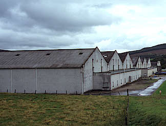 Tomintoul warehouses uploaded by Ben, 29. Apr 2015