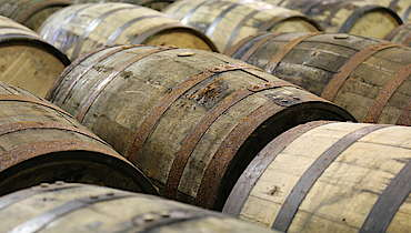 Jim Beam barrels uploaded by Ben, 17. Jun 2015