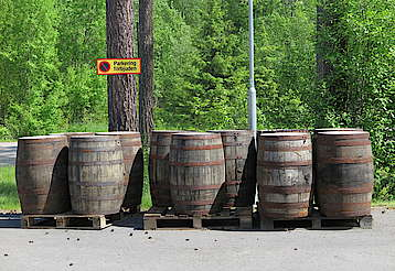 Mackmyra casks ready for the warehouse uploaded by Ben, 22. Jul 2015