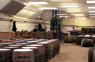 Glenrothes cask workshop uploaded by Ben, 24. Mar 2015