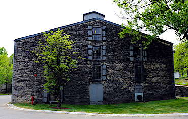 Woodford Reserve warehouse uploaded by Ben, 01. Sep 2015