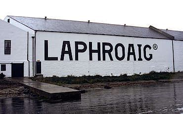 Laphroaig warehouse uploaded by Ben, 07. Apr 2015