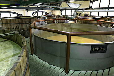 Four Roses beer well tank uploaded by Ben, 22. Jun 2015