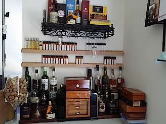 The home bar uploaded by Infms40, 25. Oct 2014