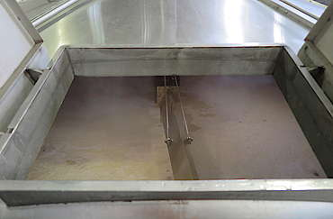 Tullibardine inside the mash tun uploaded by Ben, 04. May 2016