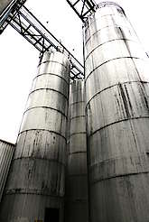 Silos of the Heavenhill distillery. uploaded by Ben, 12. Jun 2015