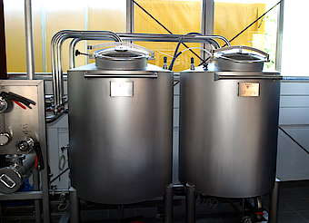 Slyrs acid and lye tank for cleaning uploaded by Ben, 28. Apr 2015