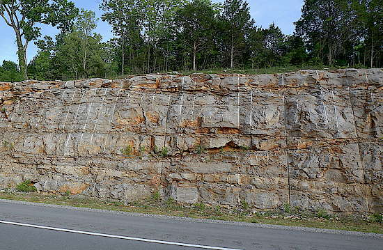 The Limestone Layer in the Kentucky country