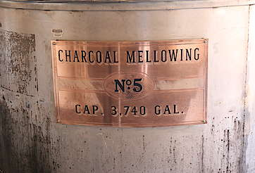 George Dickel charcoal mellowing uploaded by Ben, 08. Jun 2015