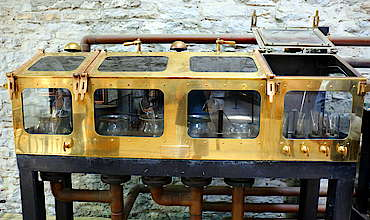 Woodford Reserve spirit safe uploaded by Ben, 01. Sep 2015