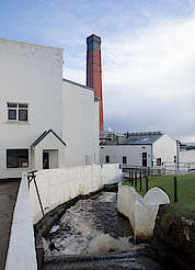 Lagavulin water for the whisky production uploaded by Ben, 03. Feb 2016