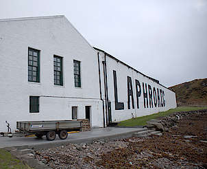 Laphroaig warehouse uploaded by Ben, 15. Feb 2016
