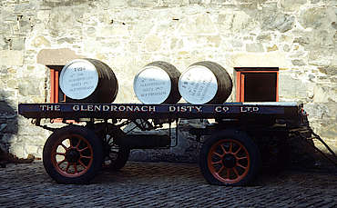 Glendronach trailer with casks uploaded by Ben, 10. Mar 2015