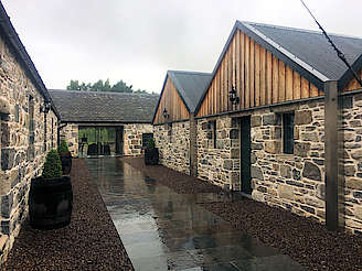 Reception room and dunnage warehouses. uploaded by Invergargle, 29. Aug 2017