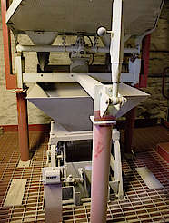 Glengyle malt mill uploaded by Ben, 23. Feb 2016