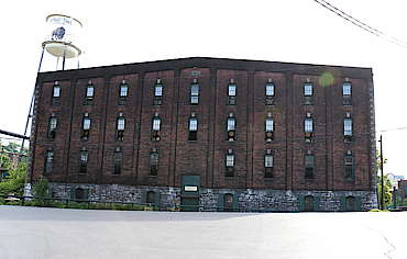 Buffalo Trace warehouse uploaded by Ben, 23. Jun 2015