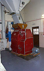 Dailuaine malt mill uploaded by Ben, 17. Feb 2015
