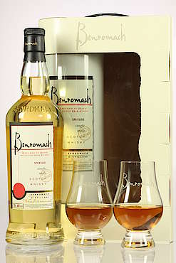 Benromach Traditional with Glasses