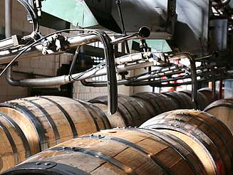 Buffalo Trace barrel filling uploaded by Ben, 21. Jul 2015