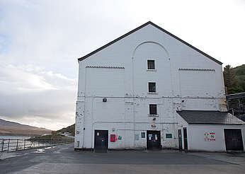 Caol Ila warehouse uploaded by Ben, 19. Jan 2016