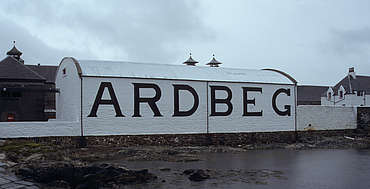 Ardbeg warehouse uploaded by Ben, 10. Feb. 2015