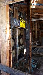 Maker's Mark barrel elevator uploaded by Ben, 23. Jun 2015