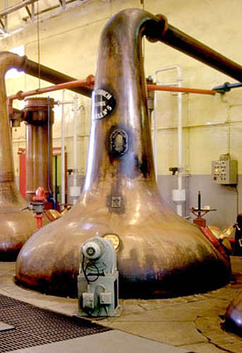 The glenfiddich wash still with the moter in front