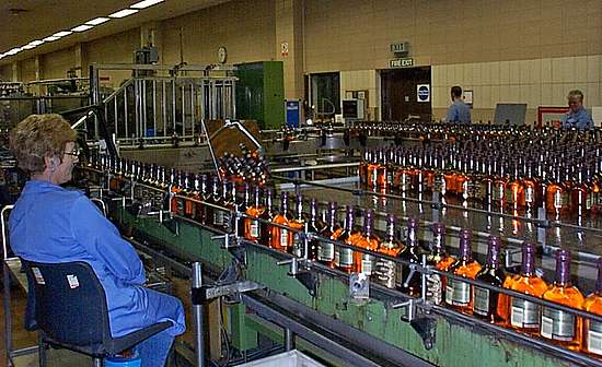 The controlling of the labels at the Chivas bottling