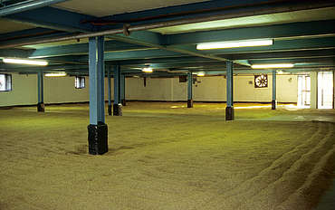 Bowmore malting floor uploaded by Ben, 16. Feb 2015
