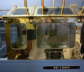 Glen Moray spirit safe uploaded by Ben, 03. Mar 2015