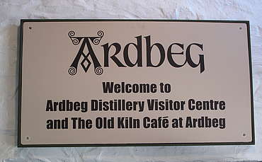 Ardbeg visitor center sign uploaded by Ben, 10. Feb. 2015