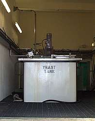 A mixing tank for yeast