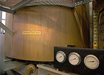 Bruichladdich brewing tank uploaded by Ben, 29. Feb 2016