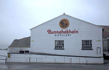 Bunnahabhain building uploaded by Ben, 25. Jan 2016