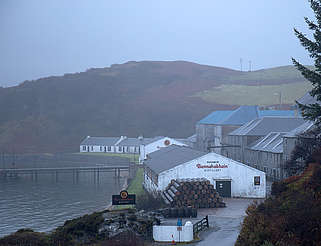 Bunnahabhain far view uploaded by Ben, 25. Jan 2016