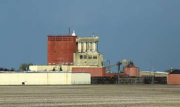 Gimli distillery from behind uploaded by Ben, 07. Sep 2015