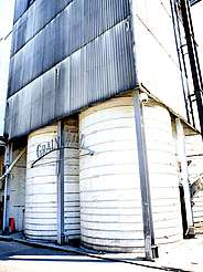 Jack Daniels grain mill uploaded by Ben, 15. Jun 2015