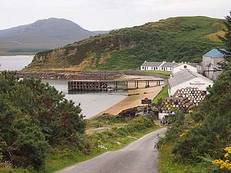 Bunnahabhain view from the street uploaded by Ben, 13. Oct 2014