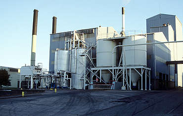 Glenlivet malt stock, energy supply and draff silo uploaded by Ben, 23. Mar 2015