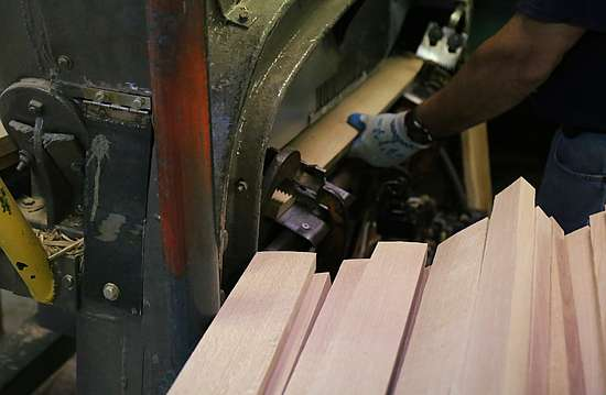 Milling of boards into barrel staves