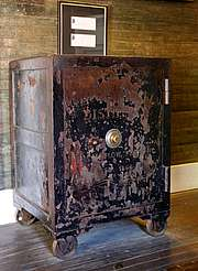 Jack Daniels old safe from Jack uploaded by Ben, 15. Jun 2015