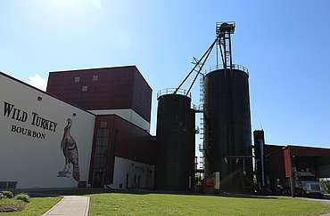 Wild Turkey still house and grain silos uploaded by Ben, 29. Jun 2015