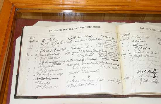 A old visitor´s book from 1900 of the Talisker Distillery.
