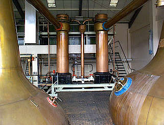 Linkwood wash und spirit stills with condensers uploaded by Ben, 08. Apr 2015