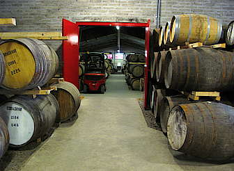 Edradour casks in the warehouse uploaded by Ben, 25. Feb 2015