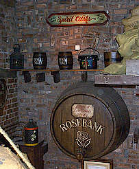 Rosebank old cask in the restaurant uploaded by Ben, 21. Apr 2015